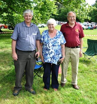 Long Service Award presented to Paul & Noeline Billings by Geoff Craggs July 2016